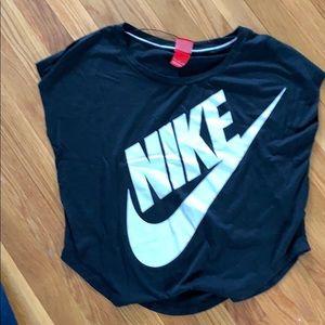 Nike Oversized Black Tee. Size small